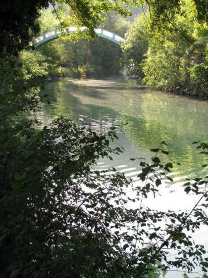 passerelle sur canal de Savière (Chanaz)