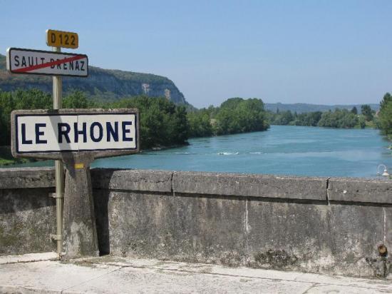 le Rhône à Sault-Brénaz