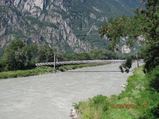 Passerelle sur Rhône